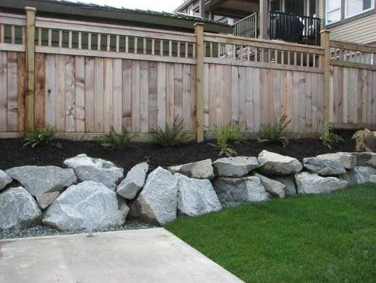 Landscape Blocks Abbotsford : Block retaining walls
